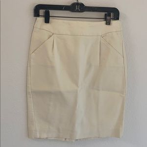 J. Crew size 2 off white pencil skirt
